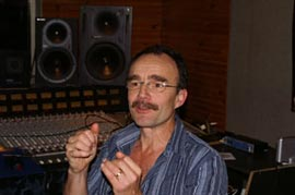 <span class='title'>Luc Mahé - Mastering</span>